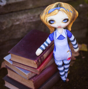 dolls AliceBooksGOOD (2)